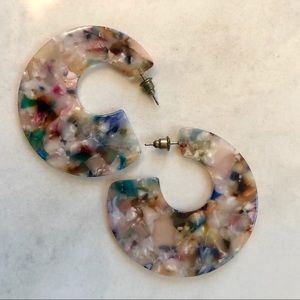 Round Multi-Colored Pearlized Acetate Earrings